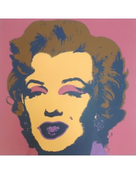 Marilyn Monroe-Blonde On Pink 11.27